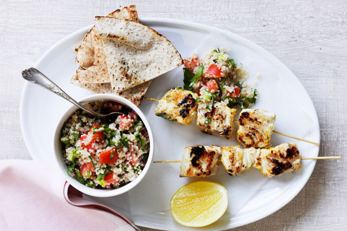Fish skewers with tabouleh