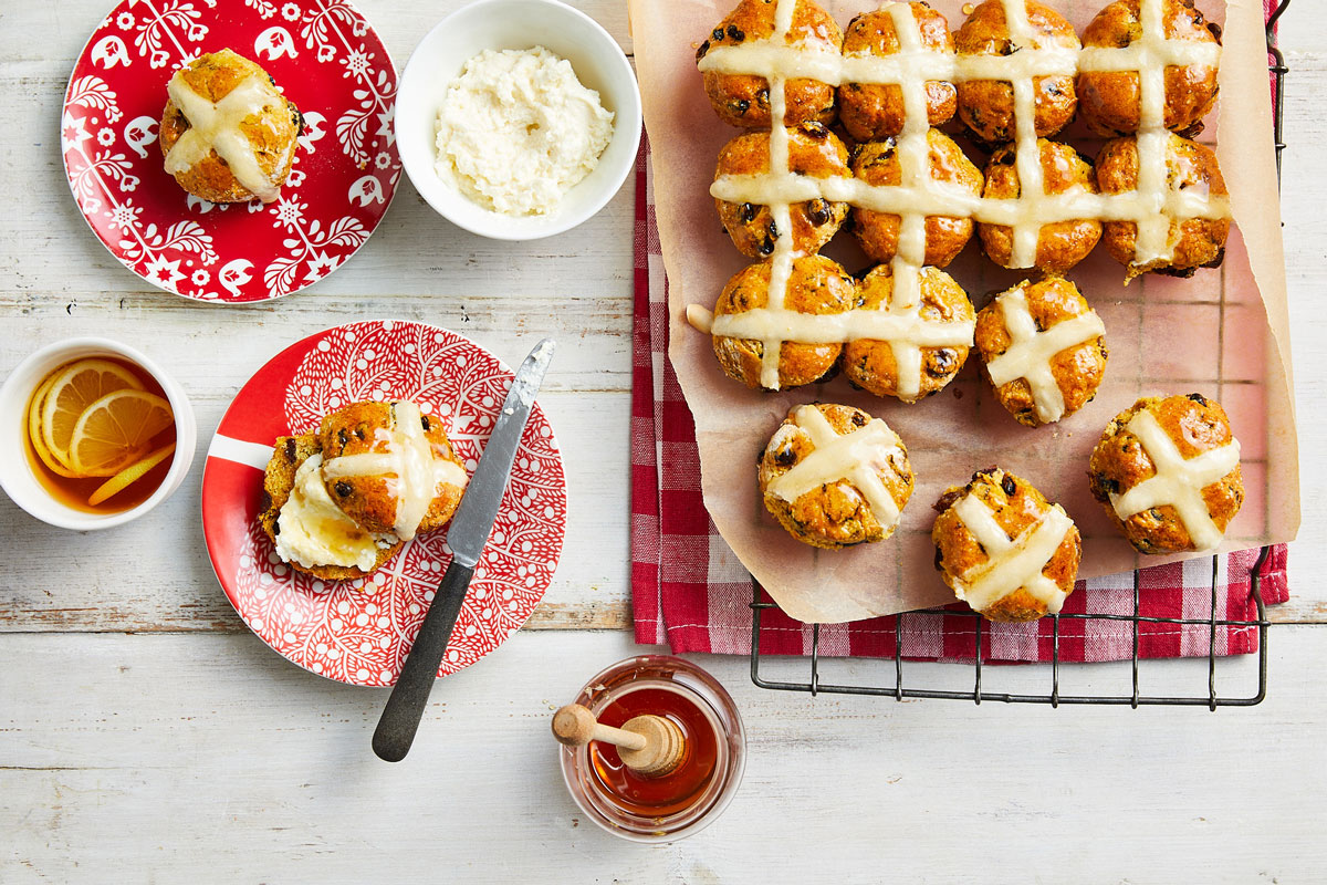 Fruity hot cross scones