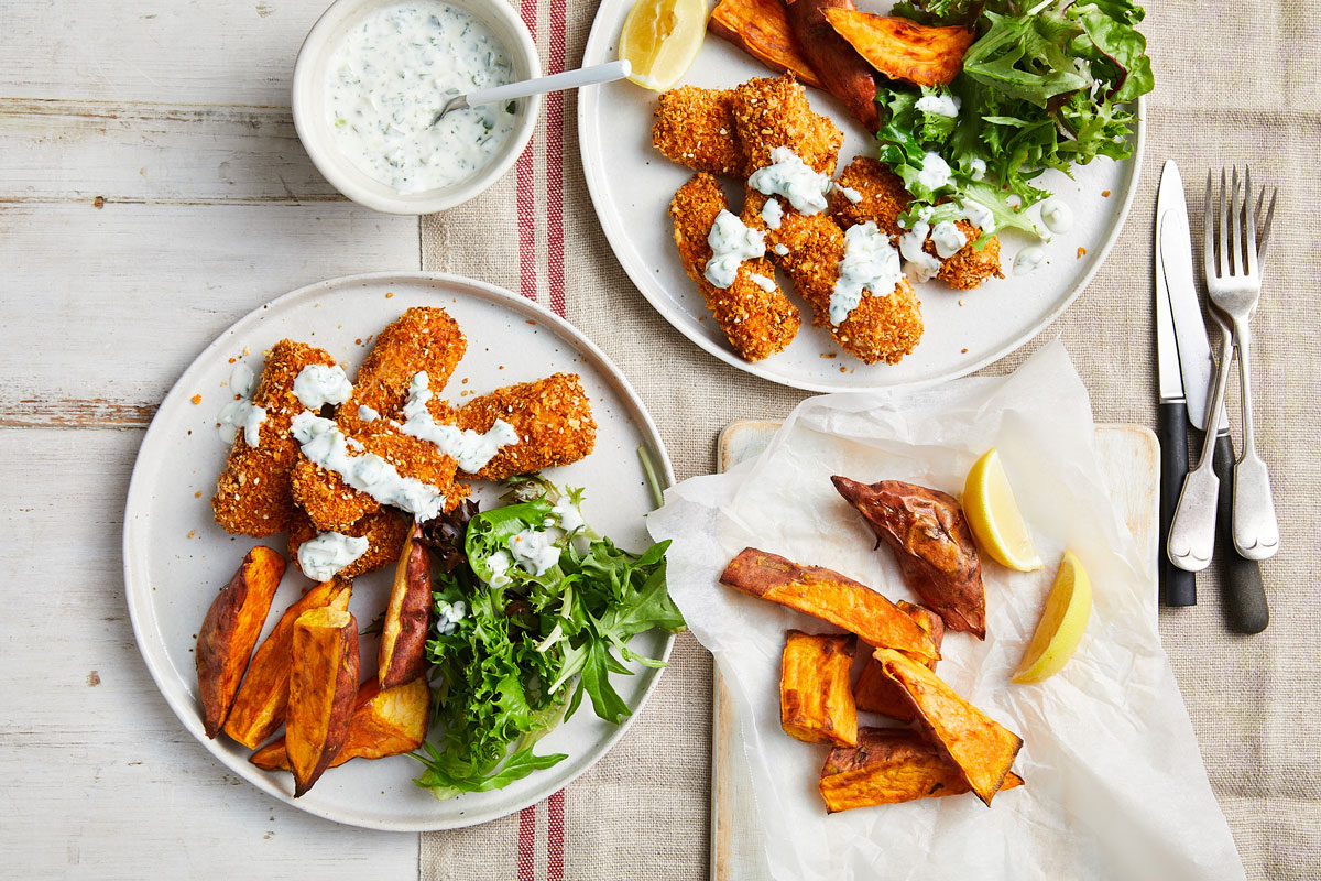 Fish fingers with sweet potato wedges