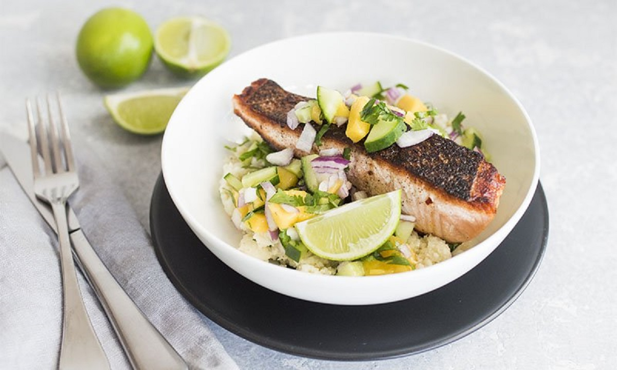 Jerk Salmon Bowl with Cauliflower Rice and Mango Salsa