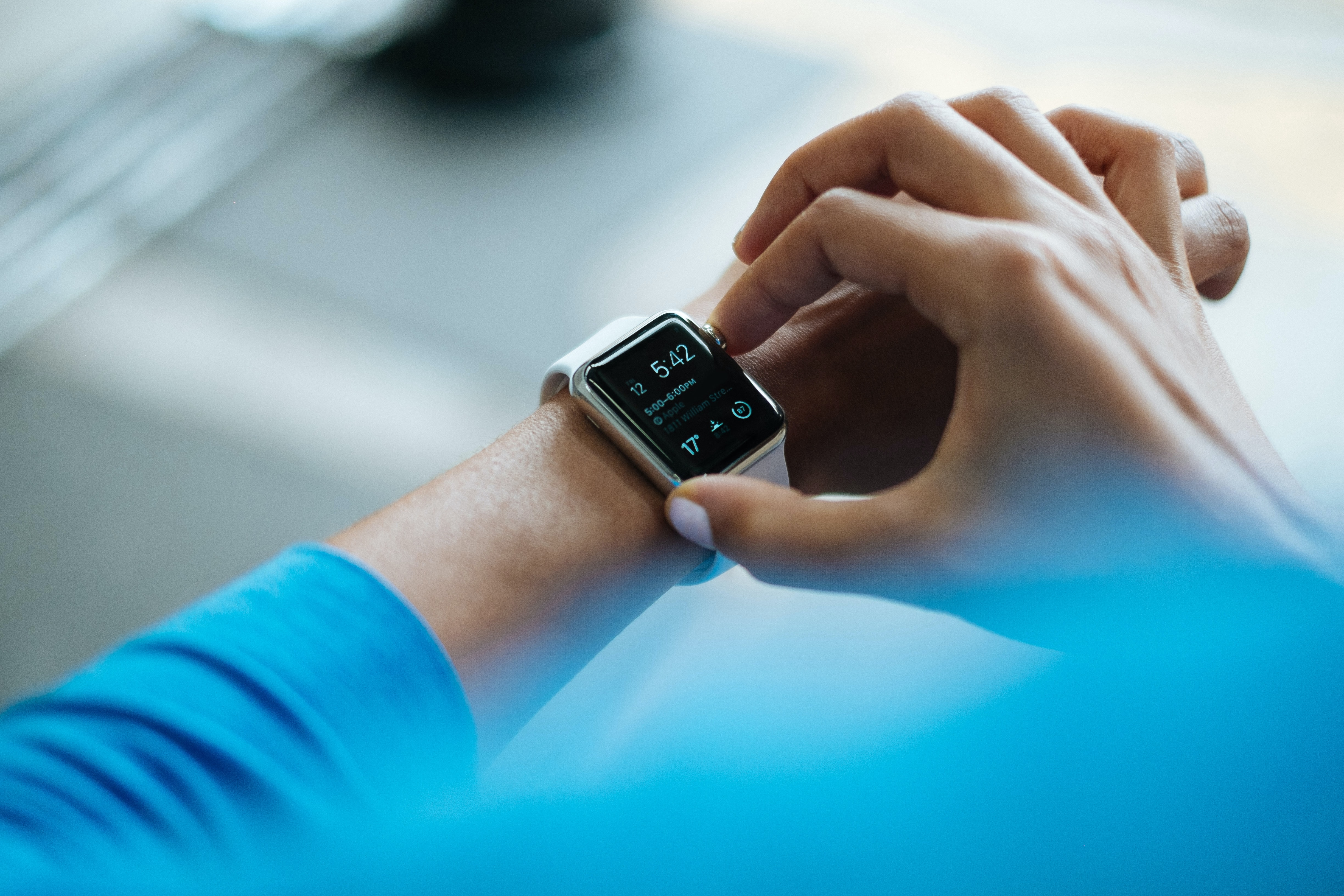Wearable blood pressure monitoring devices to improve blood pressure control