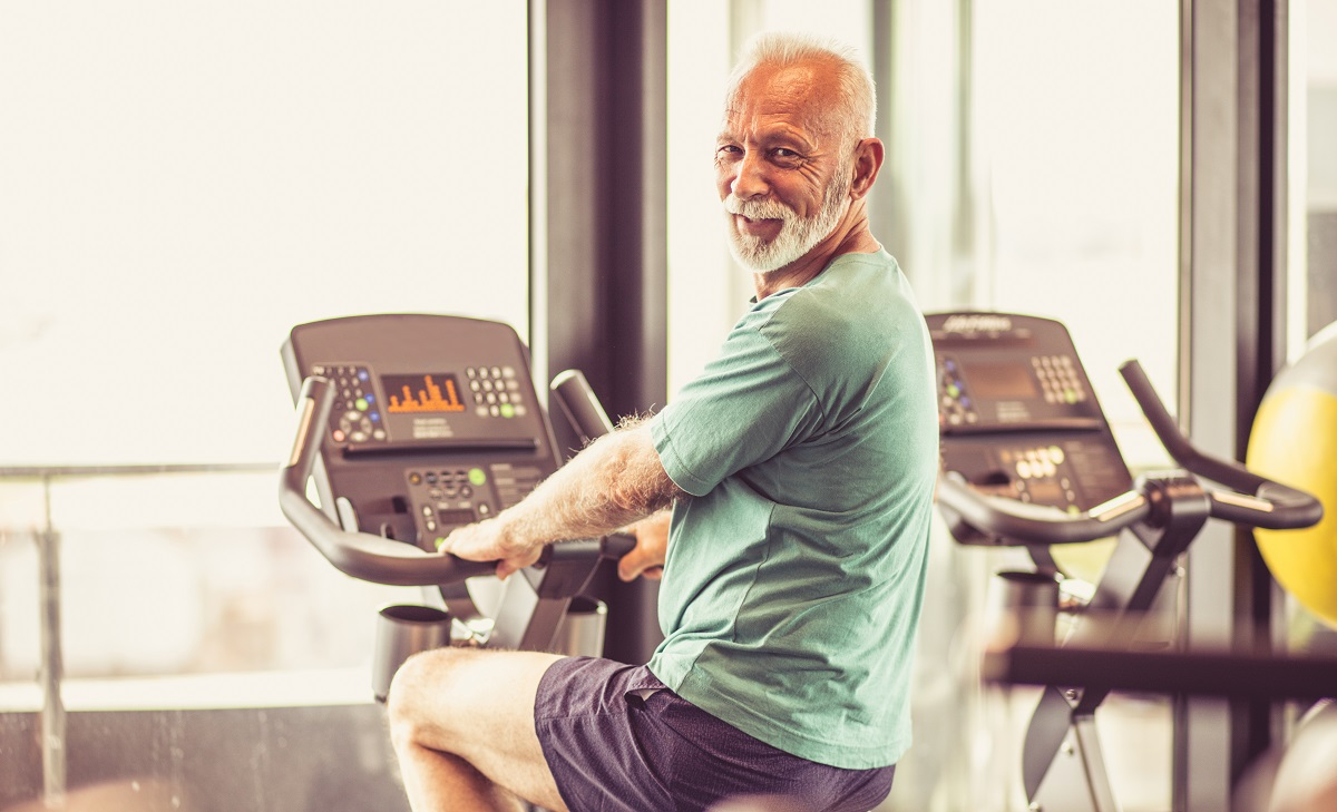 Exercise boosts artery health in middle-aged and older men, not testosterone therapy